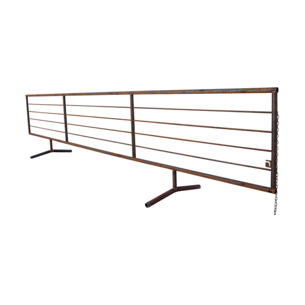 24-ft Free Standing Panel